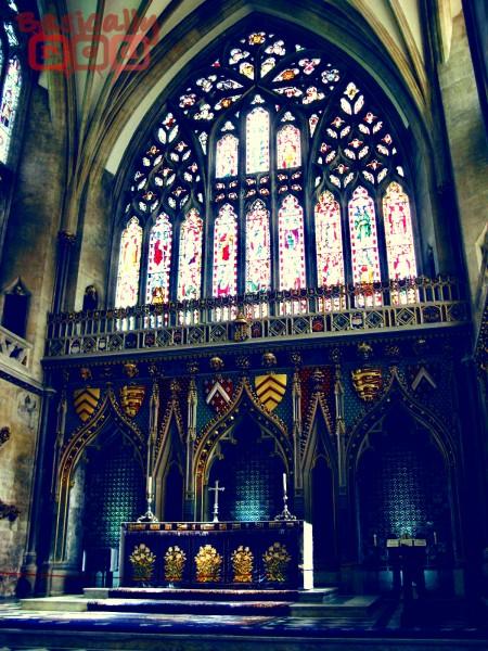 altarstainedglassvintagew